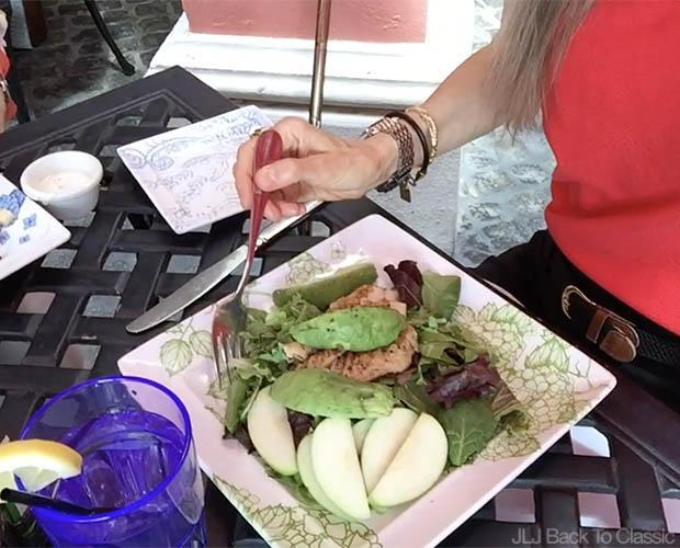 Jane's-Cafe-Naples-Florida-Organic-Greens-Chicken-Apples-and-Avocado-Salad