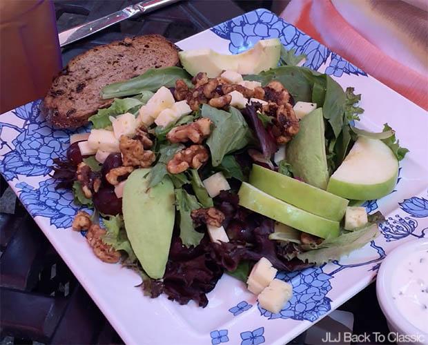 Jane's-Cafe-Thrid-Street-South-Jane's-Organic-Signature-Salad
