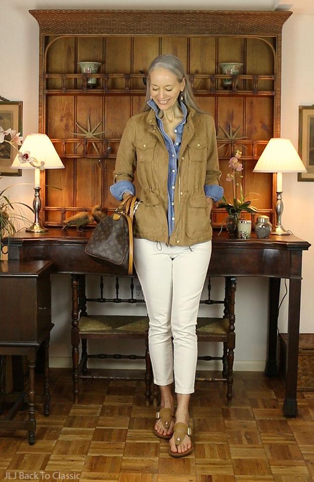 Vionic-Interchangeable-T-Strap-Wedge-Sandals-Camel-Speedy-30-White-Skinny-Jeans