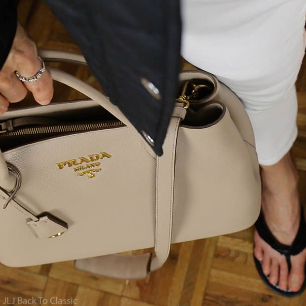 classic-fashion-over-40-50-prada-vitello-daino-tote-cammeo