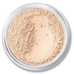 bare-minerals-matte-foundation-spf-15-classic-green-beauty-over-50