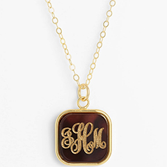 moon-and-lola-vineyard-personalized-monogram-pendant-necklace-16-inch-with-extender