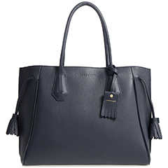 longchamp-penelop-drawstring-tassle-leather-tote