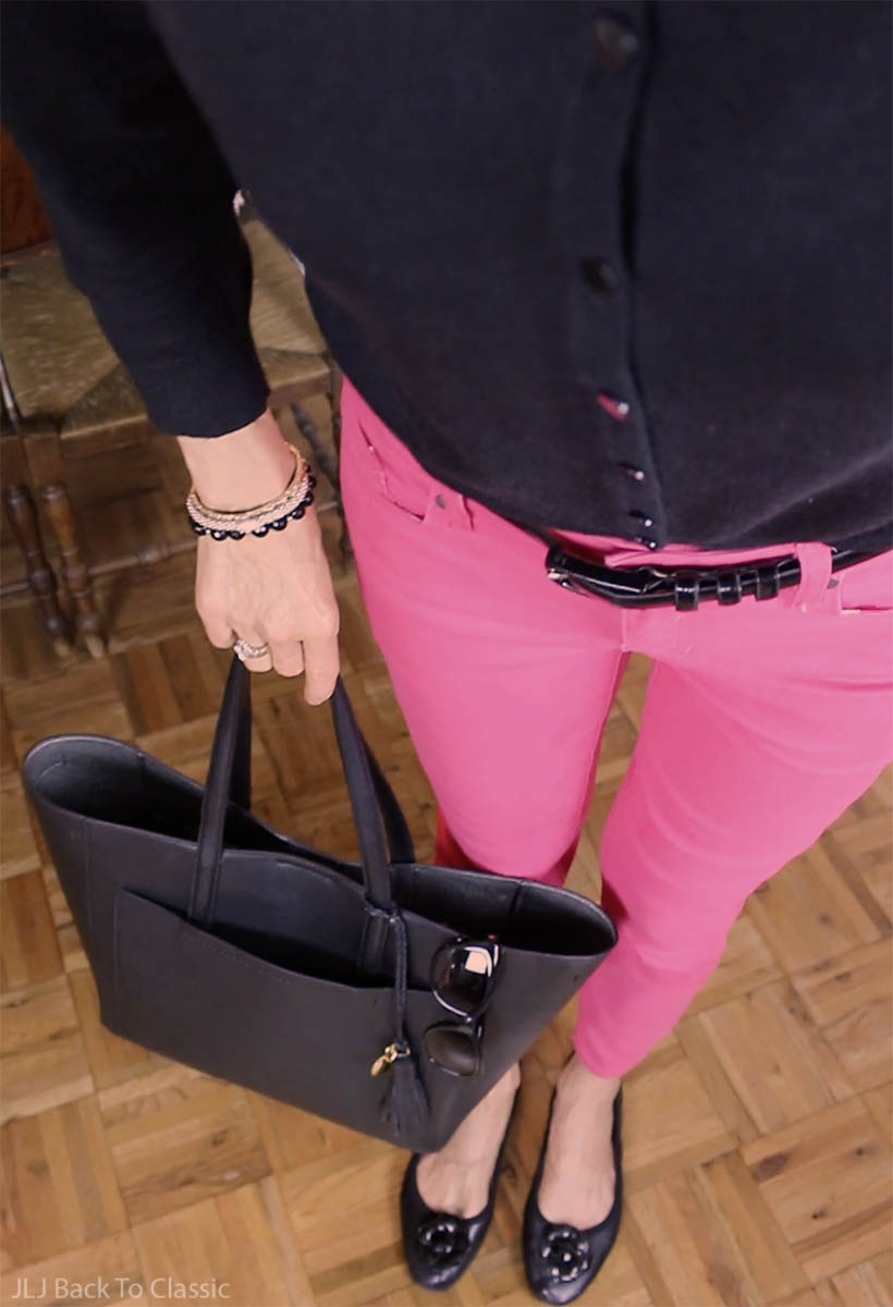 classic-fashion-black-cardigan-pink-jeans-cole-haan-tote-kate-spade-sunglasses