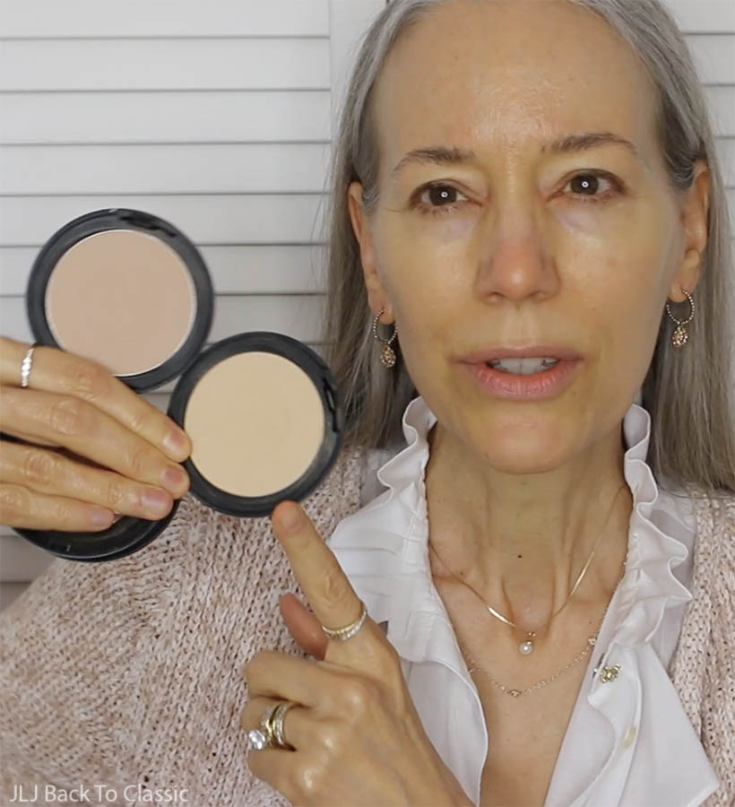 GRWM-All-Natural-Gabriel-Dual-Powder-Foundation-Choosing-Colors