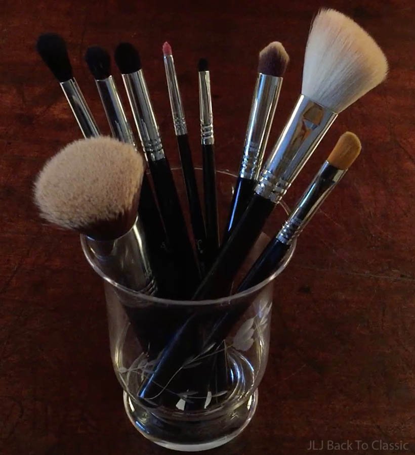 Sigma-Brushes-Used-For-Evening-Bronzed-Makeup-Look