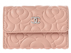 chanel-goatskin-camelia-card-holdert-light-pink