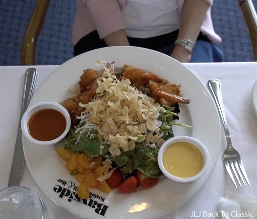 Vlog-Bayside-Seafood-Grill-Coconut-Shrimp-Salad