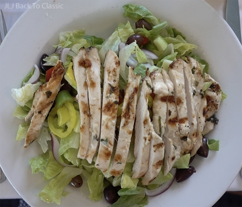 Vlog-Bayside-Seafood-Grill-Greek-Salad-Plain-Grilled-Chicken-No-Dressing