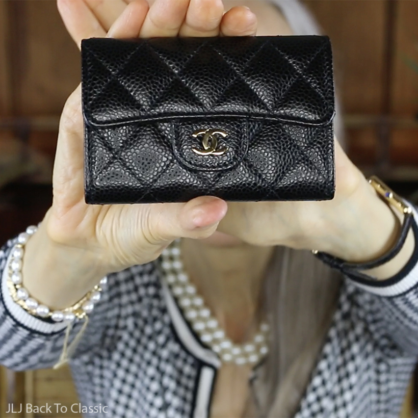 chanel-black-caviar-classic-card-holder-light-gold-hardware