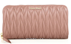 miu-miu-matelasse-leather-zip-wallet-cammeo