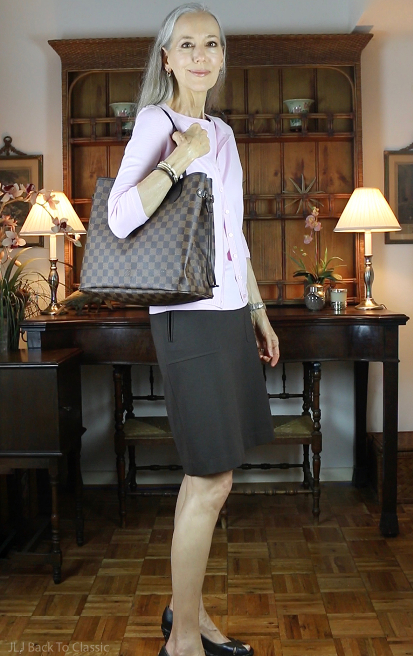 louis-vuitton-damier-ebene-neverfull-mm-pink-sweaterset-brown-skirt-ootd-jljbacktoclassic