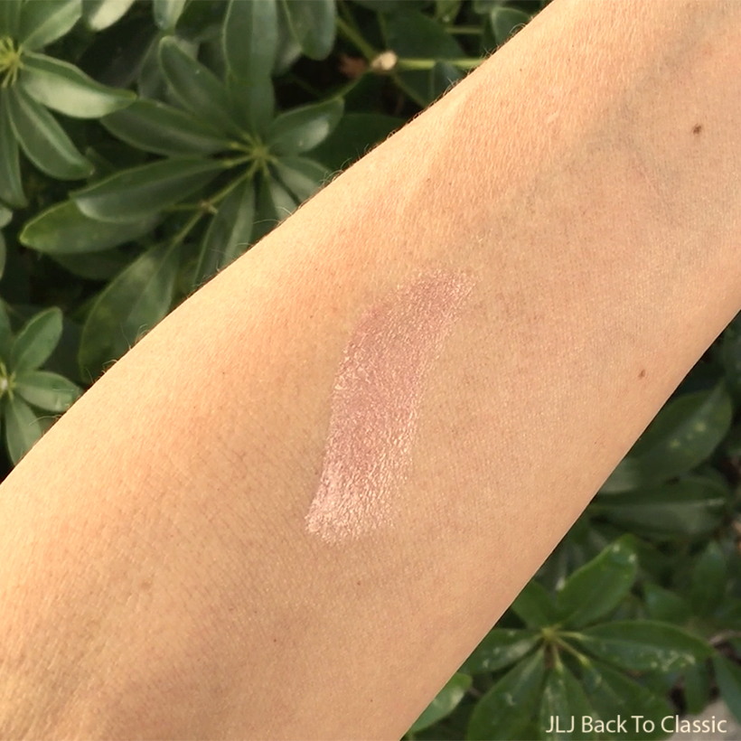Zuzu-Luxe-Dolce-Vita-Swatch-On-Arm