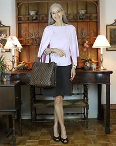 louis-vuitton-damier-ebene-neverfull-mm-pink-sweaterset-brown-skirt-IGshop